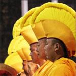 Tibetan_monks01